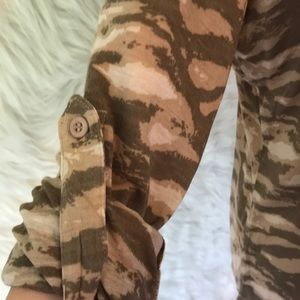 Tops - Camouflage button up blouse